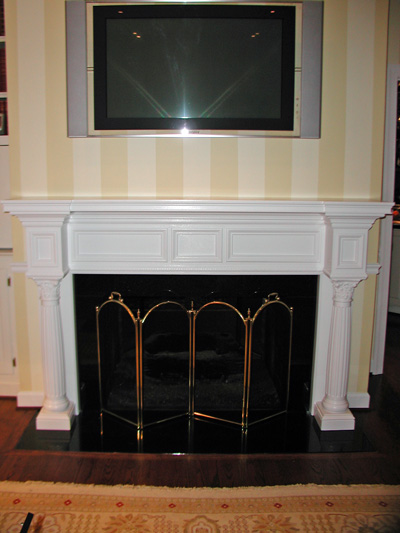 fireplace-mantel-with-columns